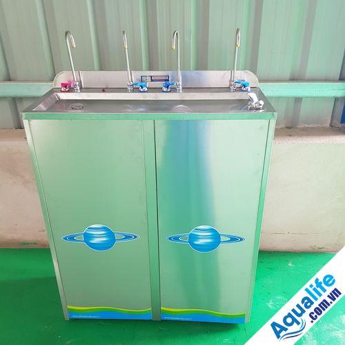 máy lọc nước uống trực tiếp 4 vòi
