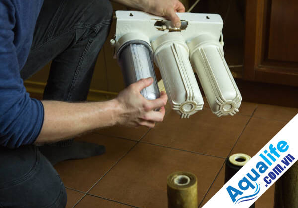 thay linh kiện máy lọc nước