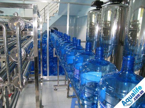 điều kiện để mở dây chuyền sản xuất nước đóng bình